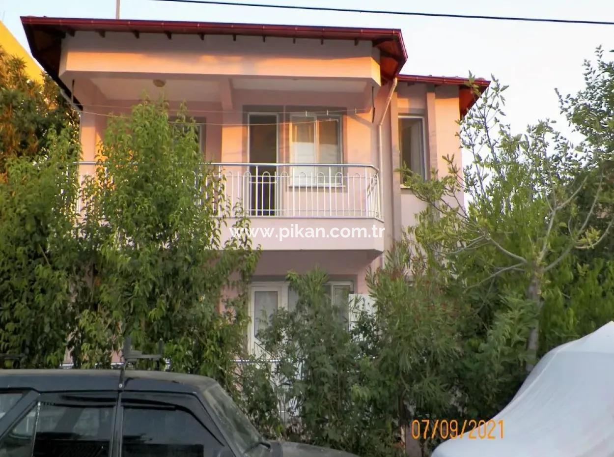 Muğla Ortaca Merkezde 2 Katlı Müstakil Ev Satılık