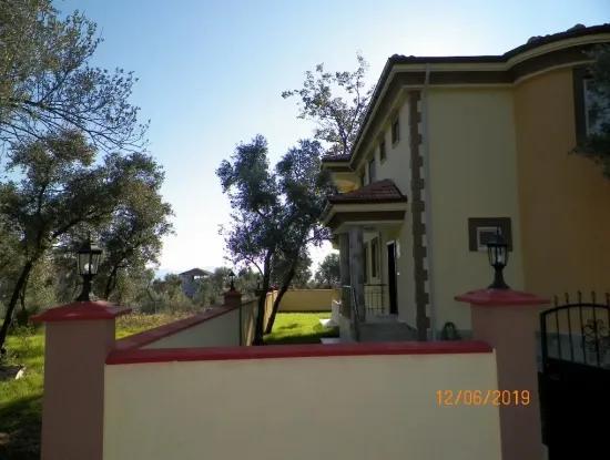 Köyceğiz De Satılık Göl Manzaralı Villa