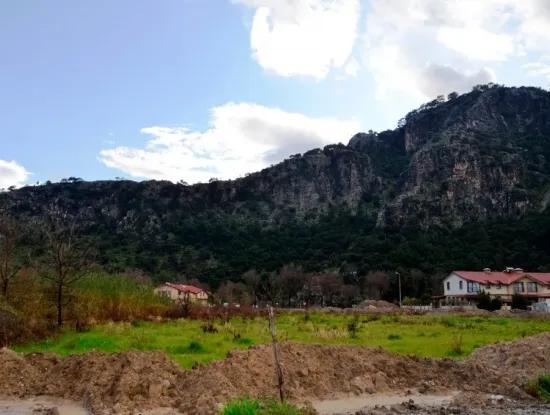Dalyan Da Satılık Kanala Yakın Turizm İmarlı Arsa
